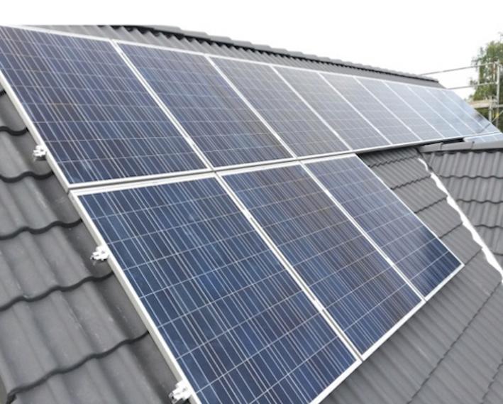 Solaranlage PV 3,68 kWp 04463 Großpösna